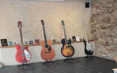 guitar_heroes_cg85_montaigu_scenographie (2)